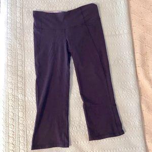 LULULEMON Navy Crop Yoga Pants